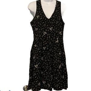 Hot Topic musical note sleeveless dress